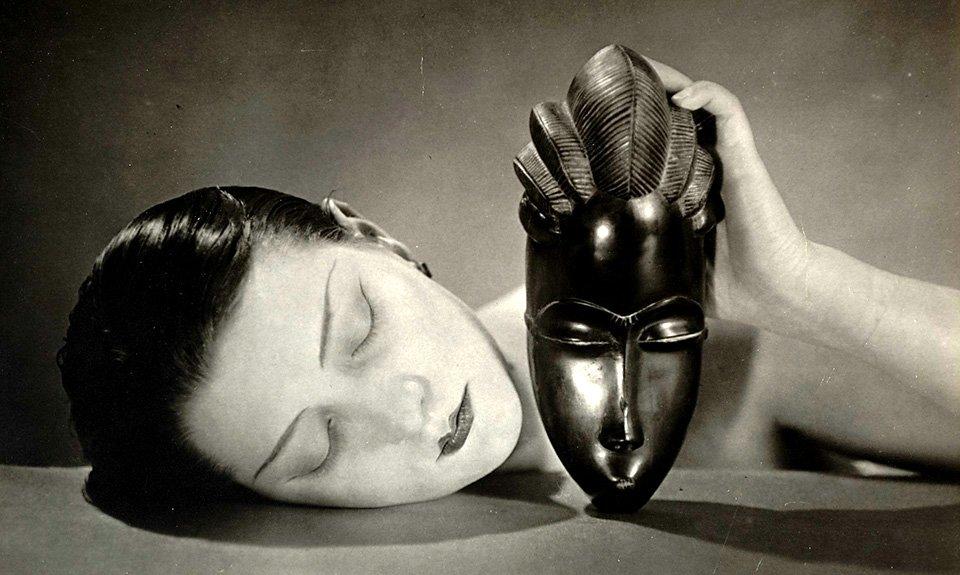 Ман Рэй. «Черное и белое». 1926. Кики с Монпарнаса. Фото: MoMA